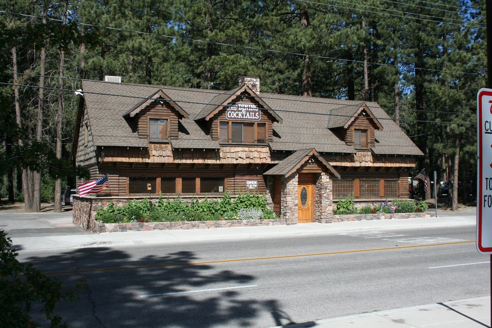 Captains Anchorage Restaurant in Big Bear, California. Photo credit: Captain's Anchorage